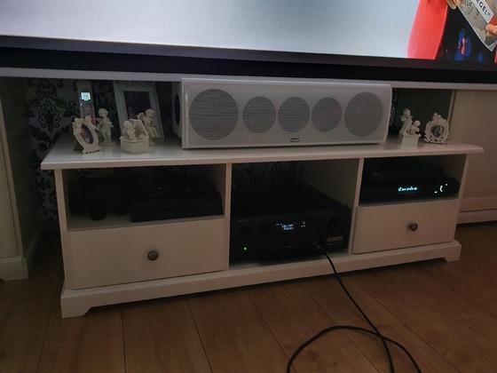 Unser kleines Wohnzimmer Heimkino mit der Nubert Nuvero Serie