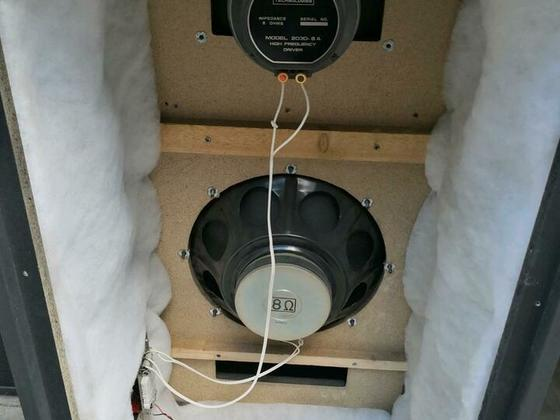 Acoustician Sound Engineer Model 4008